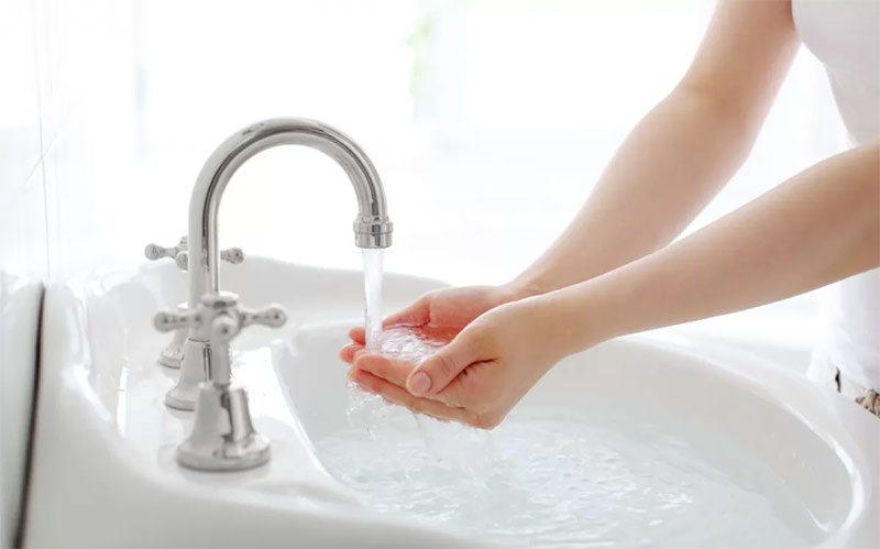 Жесткая вода: плюсы и минусы